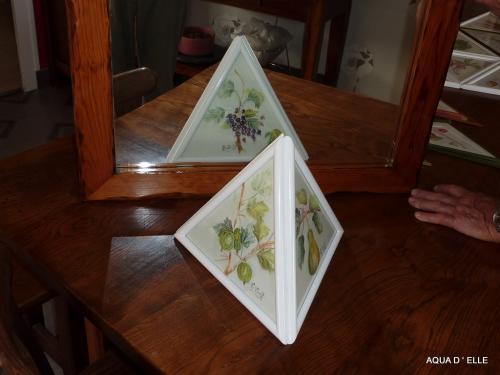 76b-Pyramide de fruits-(30x25x25)